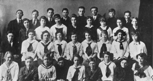 Port Allegany High school Freshmen class of 1915 to 1916