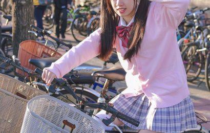 放課後的粉紅女孩 攝影: 斌哥